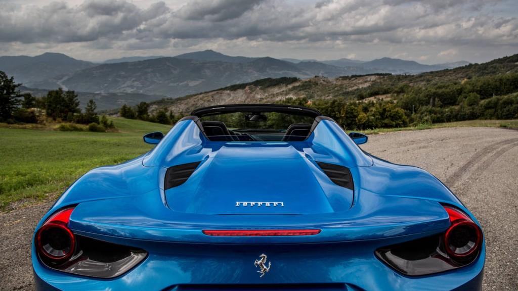 ferrari-488-spider-blue-086