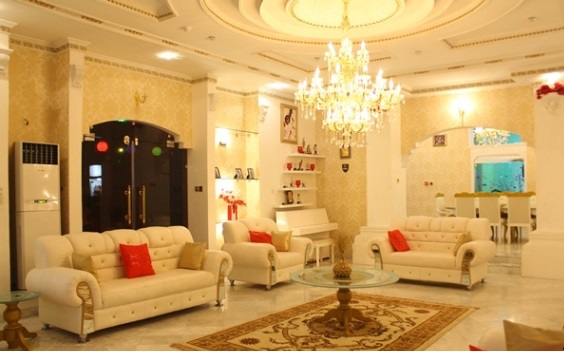35 Pictures Of Nigerian Celebrities And Their Houses That