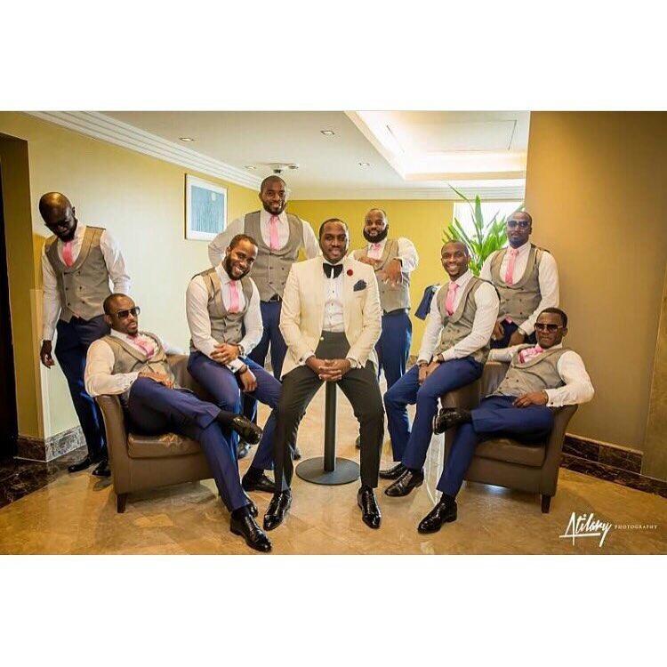 Grooms and Groomsmen Attire: Wedding Suits15