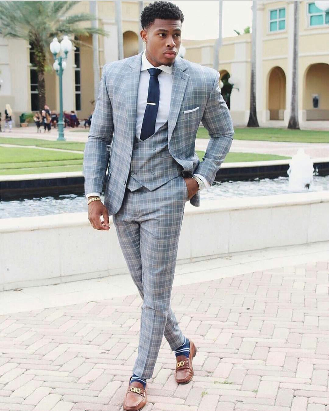 20 Modern Men's Suit Styles that Are Too Cool for Words3